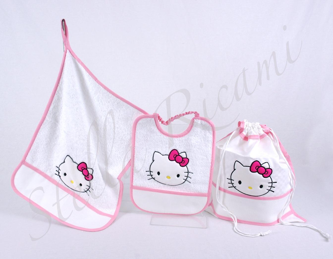 Copriletto Trapuntato Hello Kitty.Corredo Asilo Hello Kitty